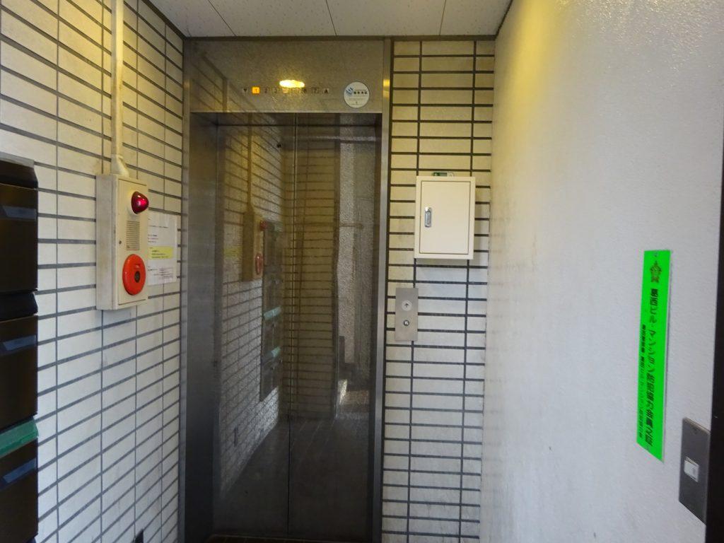第二須三ビル入口2