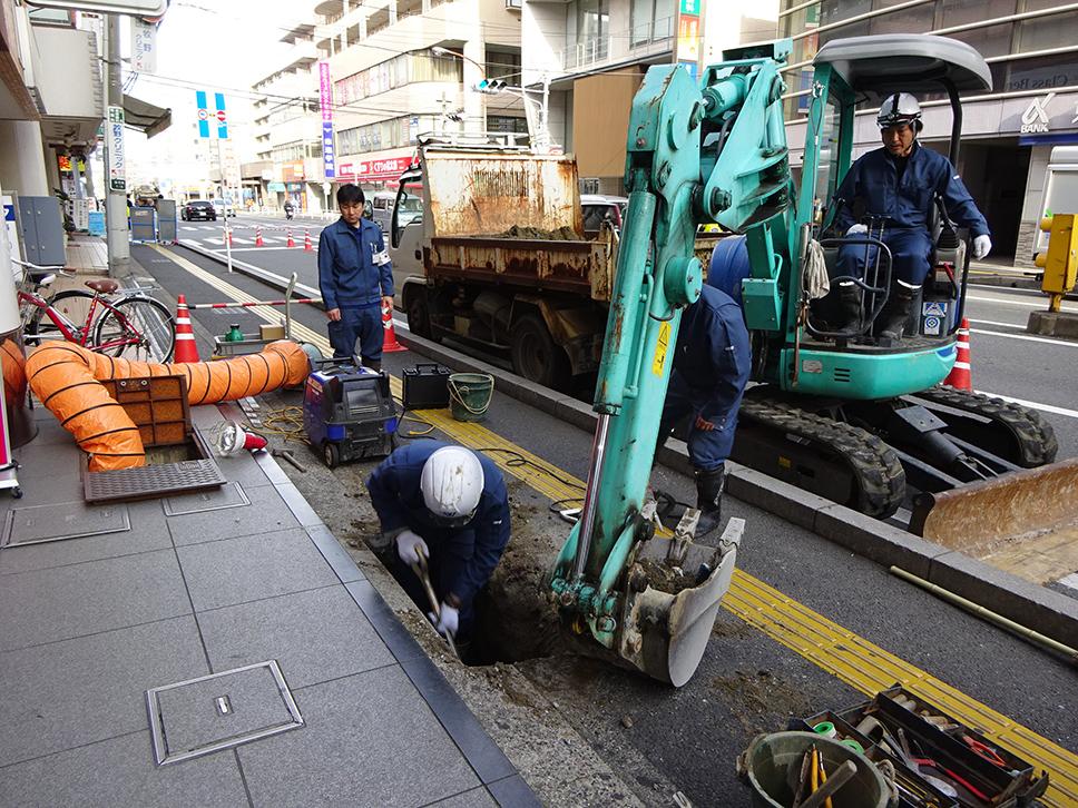 BW浦安水道管はつり工事2